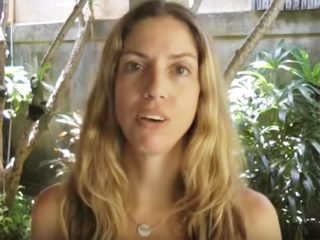 Diet and skincare tips for fading hyperpigmentation and melasma naturally.