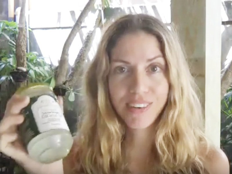 Is coconut oil causing acne? Natasha shares here experience of how coconut oil causes tiny bumps all over her face.