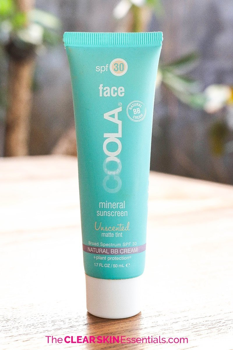 Mineral sunscreen review of Coola Mineral Sunscreen (tinted).