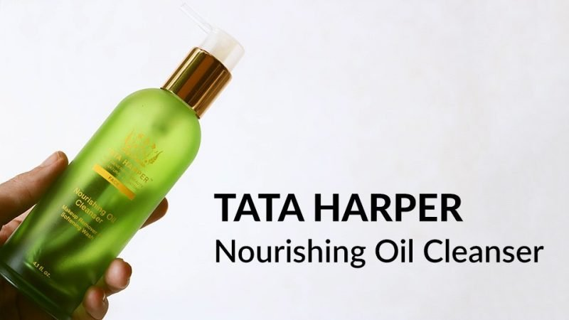Review of Tata Harper Nourishing Oil Cleanser.