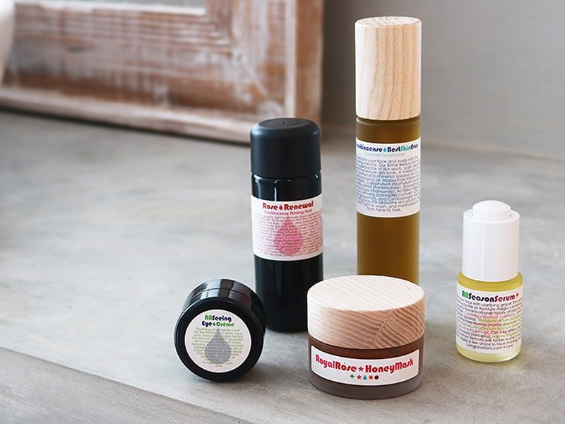 I'm kicking off a Living Libations experiment using Frankincense Best Skin Ever, Rose Renewal + Frankincense Firming Fluid, Royal Rose Honey Mask, All Seeing Eye Creme, and All Season Serum.