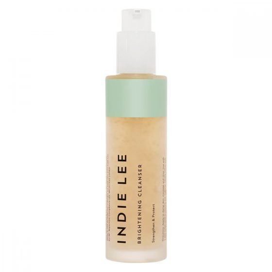 Indie Lee Brightening Cleanser is a mild gel cleanser that cleanses the skin of impurities, removes makeup and can be used as an exfoliating mask