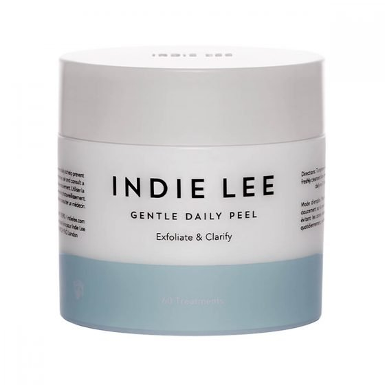 Indie Lee Gentle Daily Peel are mild exfoliating acid pads that dissolve surface buildup and exfoliate the skin.