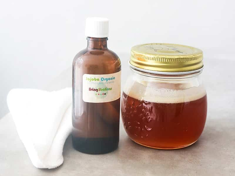 Oil cleansing or honey for face, find out which method is best suited for you and acne prone skin