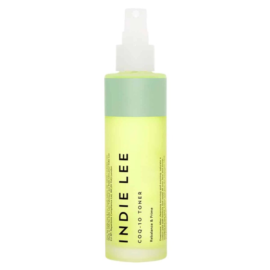 Indie Lee CoQ-10 Toner is formulated with hyaluronic acid, Coenzyme Q-10 and plant extracts to hydrate and balance the skin, and give it a fresh, radiant appearance.