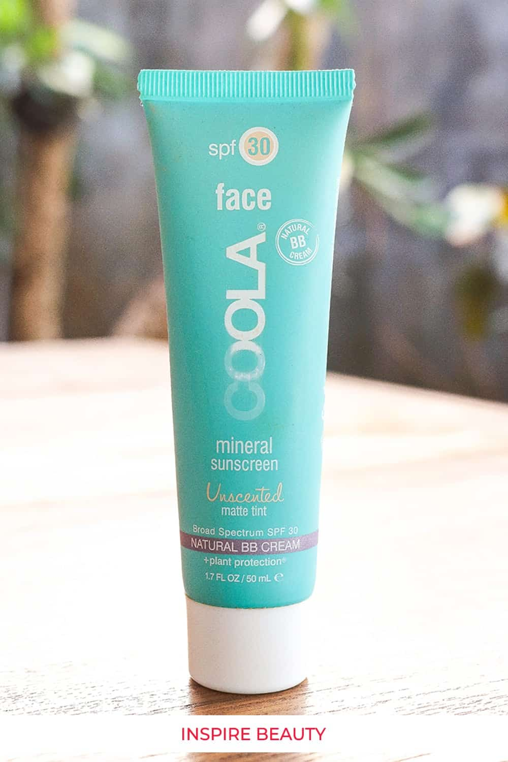 Coola tinted unscented face sunscreen review