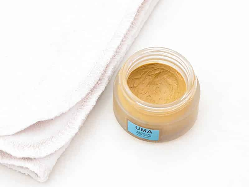 Remove blackheads with clay masks, video demo using UMA Absolute Anti-Aging Mask and Grovia Cloth Wipes.