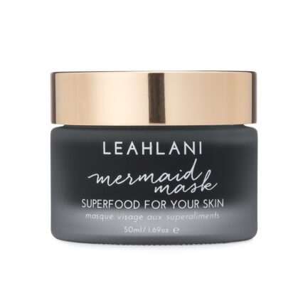 Leahlani Mermaid Mask nourishes and revitalizes the skin as it reveals a silky smooth glow.