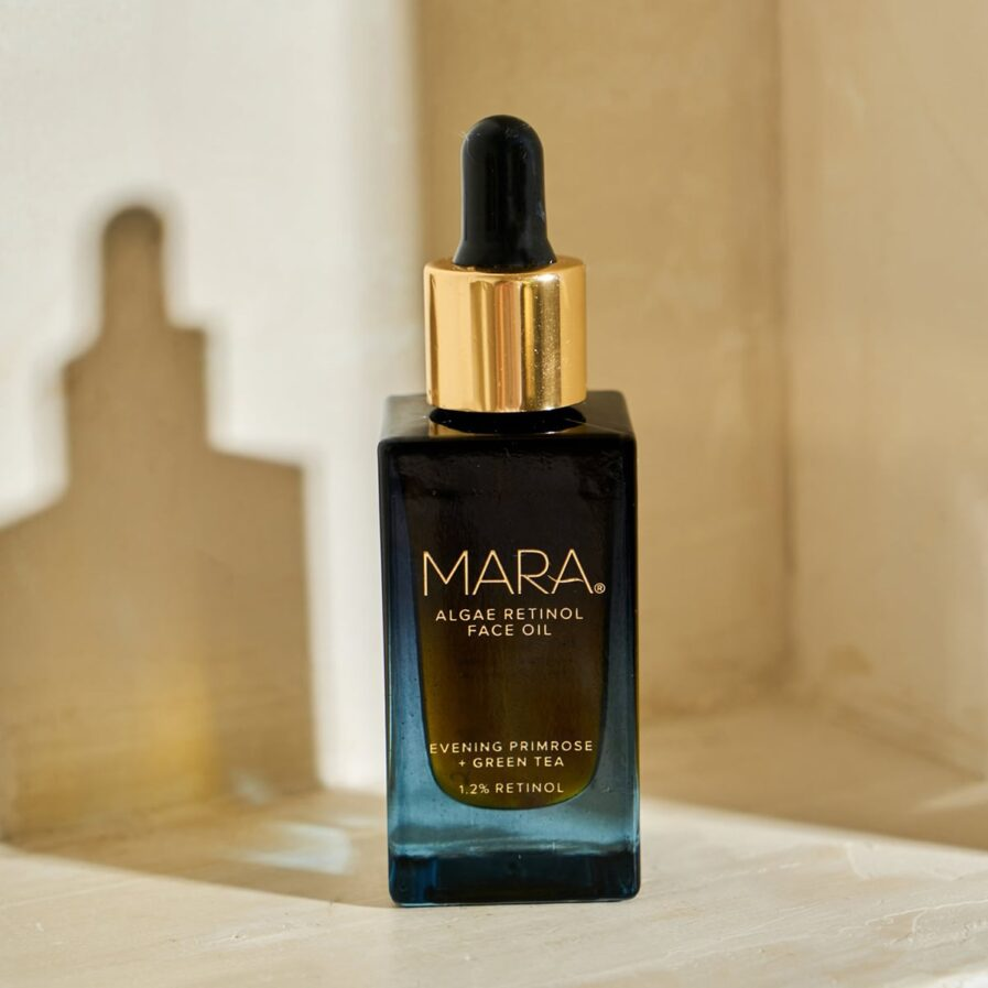 MARA Retinol Face Oil is an overnight treatment serum that helps soften the signs of aging and keep skin clear.
